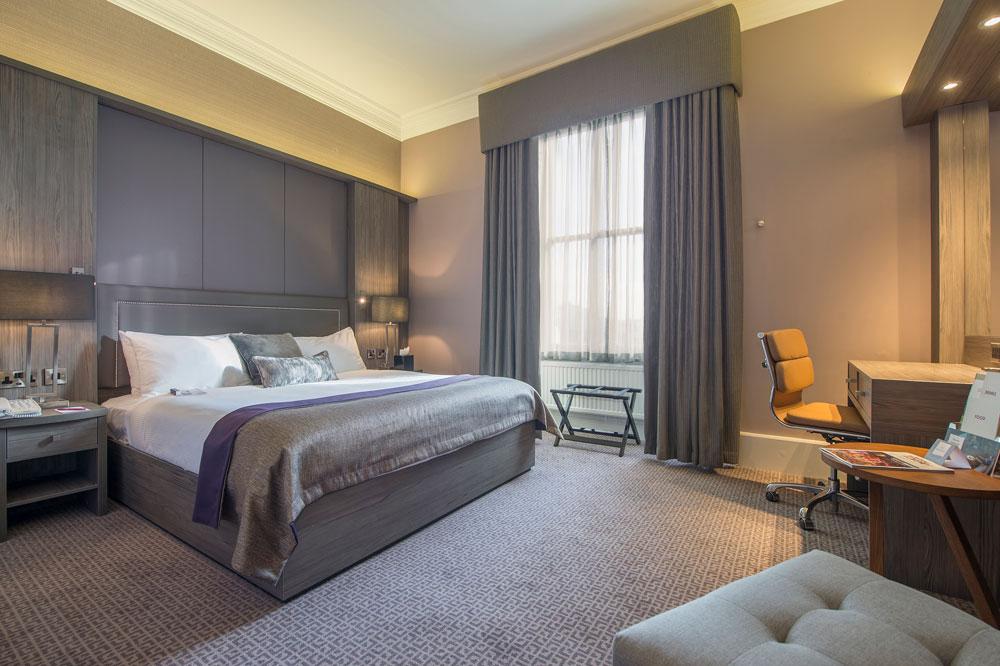 Executive Rooms | Holiday Inn Royal Victoria